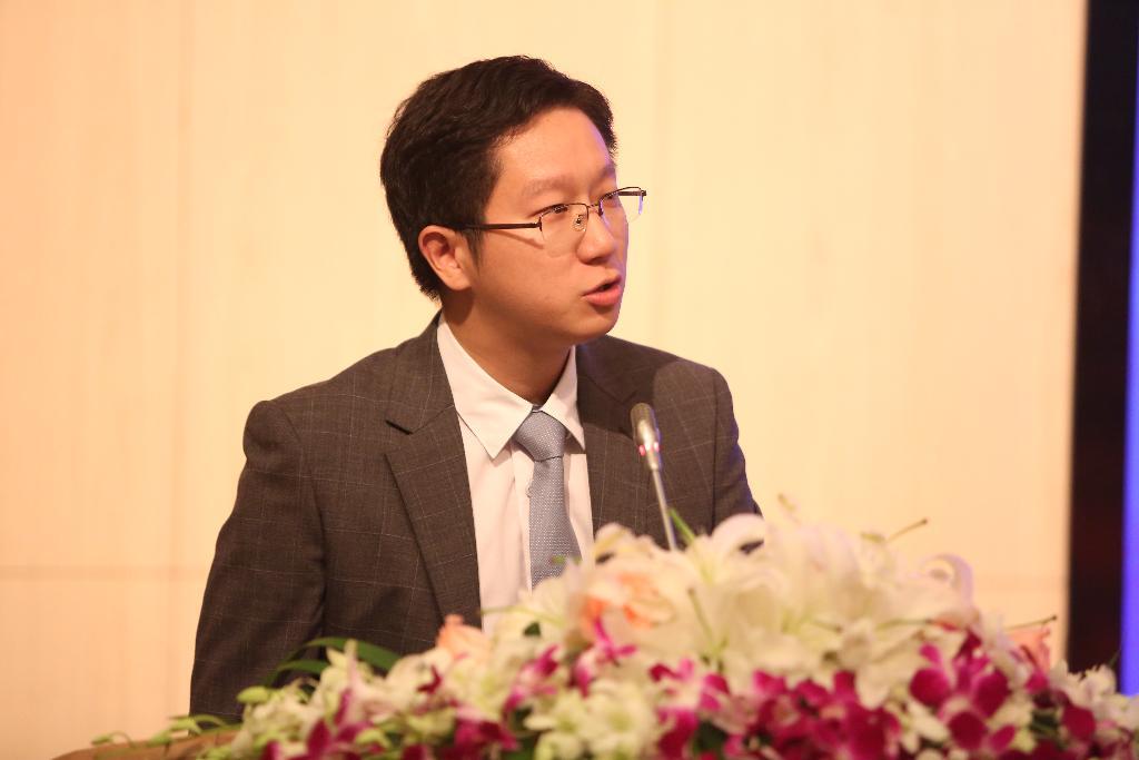 复旦大学MPAcc 2016级学长代表徐鸣